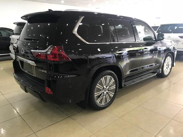 Cần bán xe Lexus LX 570  2020 Xuất Mỹ nhập mới 100%