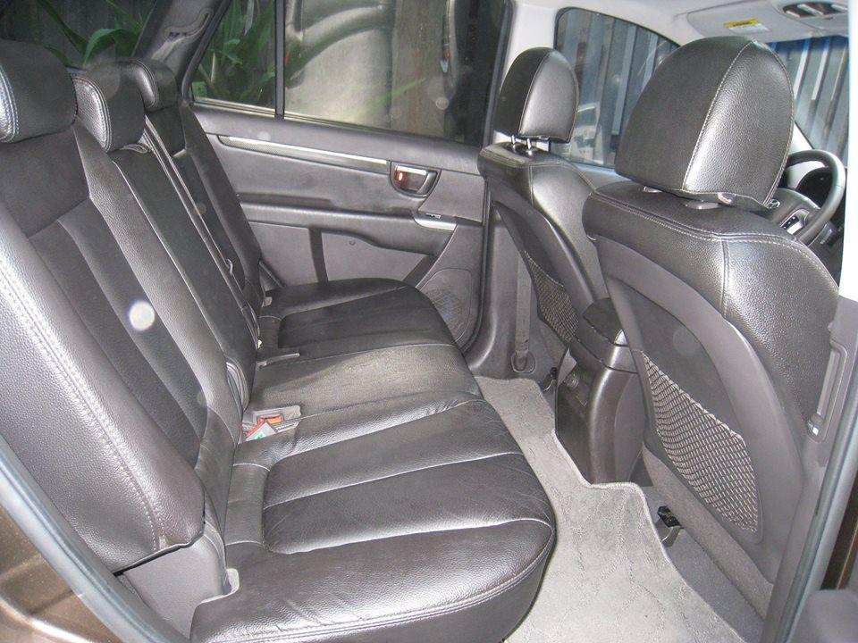 Cần bán Hyundai Santafe 2012 tự động, máy dầu, nâu vàng cực đẹp