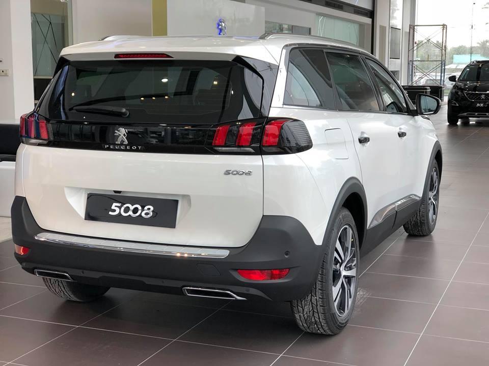 Peugeot 5008 - Ưu đãi khủng chào xuân 2019