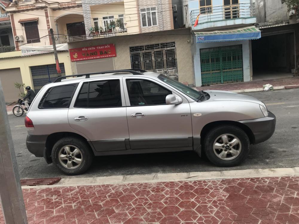 Cần bán xe Hyundai Santa Fe Gold 2005, màu bạc, nhập khẩu nguyên chiếc