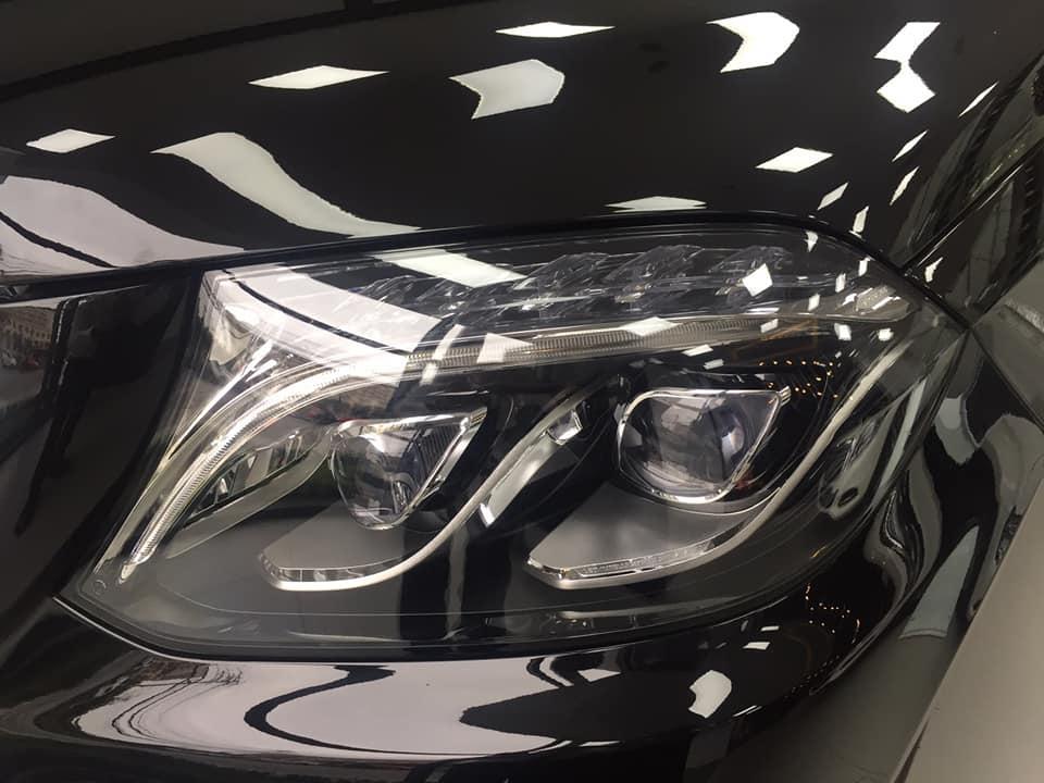 Cần bán xe Mercedes GLS 400 4Matic đời 2019 đen với nhiều ưu đãi dành cho khách hàng