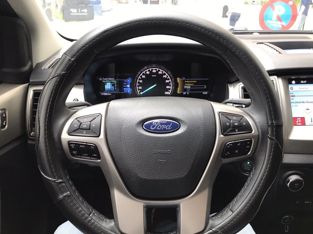 Bán Ford Everrest 2.0AT sản xuất 2018, xe như mới đi 7.800km, chất lượng xe bao kiểm tra hãng