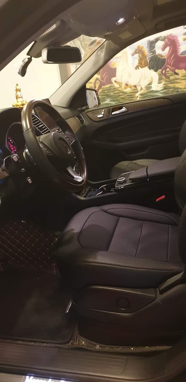 Mercedes GLS400 4 Matic màu đen sản xuất 12/2018 nhập Mỹ biển Hà Nội