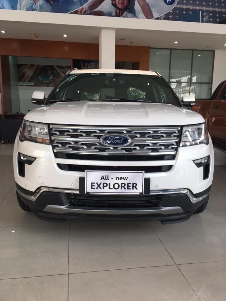 Ford Explorer 2.3L Ecoboost Limited 2019 giá hấp dẫn ưu đãi giảm tiền mặt tặng kèm gói phụ kiện hotline: 0933 068 739