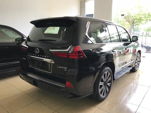 Bán Lexus LX 570 sản xuất 2020, màu đen, nhập khẩu