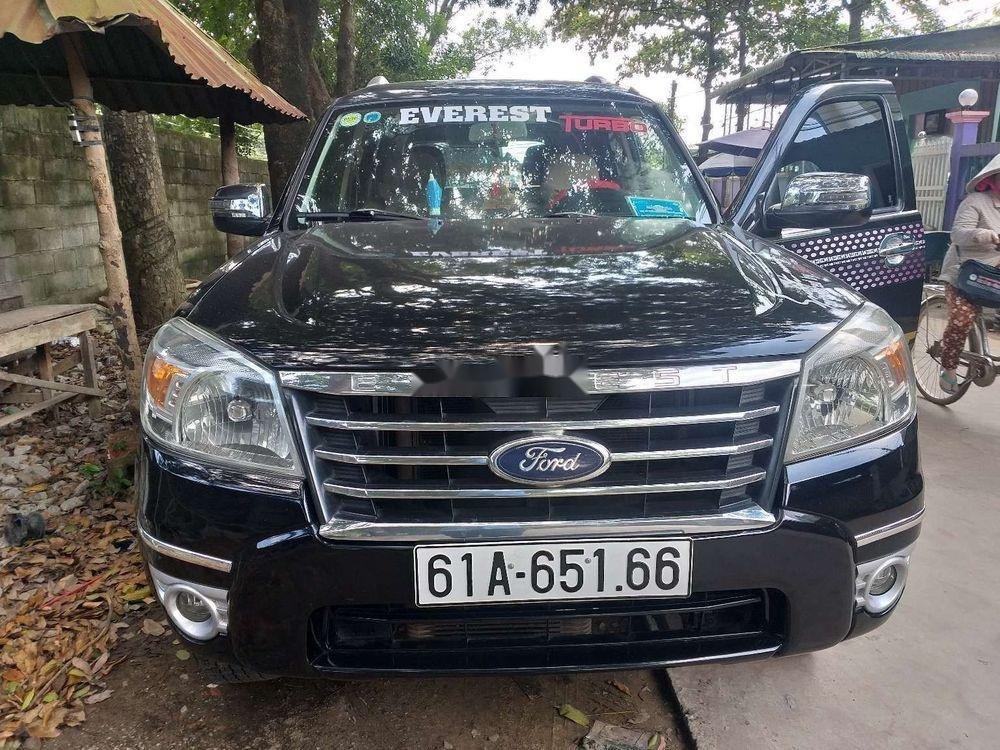 Xe Ford Everest năm sản xuất 2010, màu đen số sàn, giá tốt
