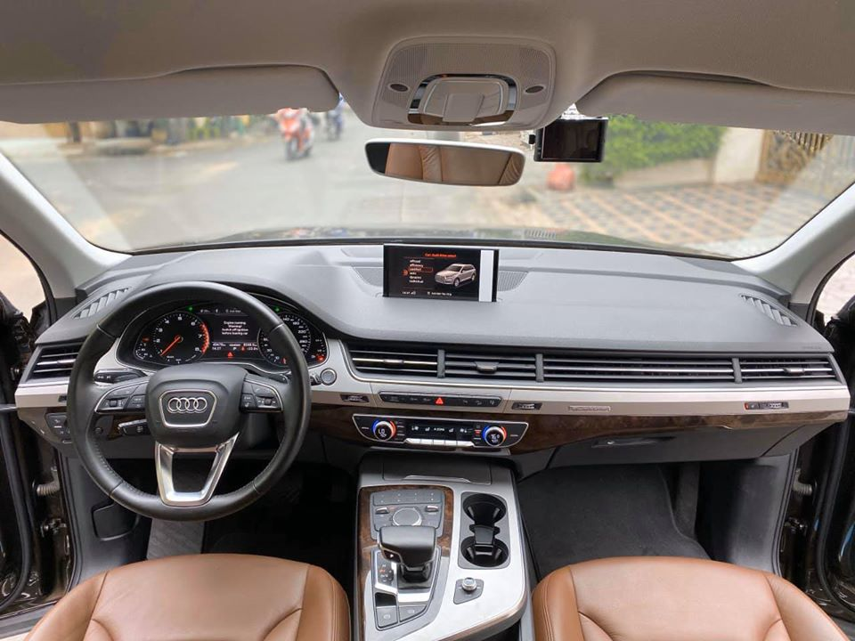 Bán xe Audi Q7 3.0 AT đời 2016, màu nâu, nhập khẩu nguyên chiếc