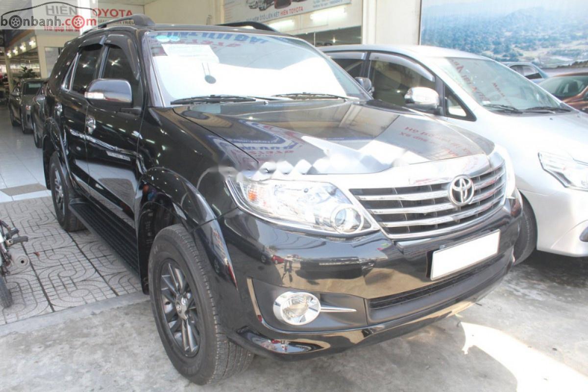 Bán Toyota Fortuner 2.7V sản xuất 2016, màu đen, giá tốt