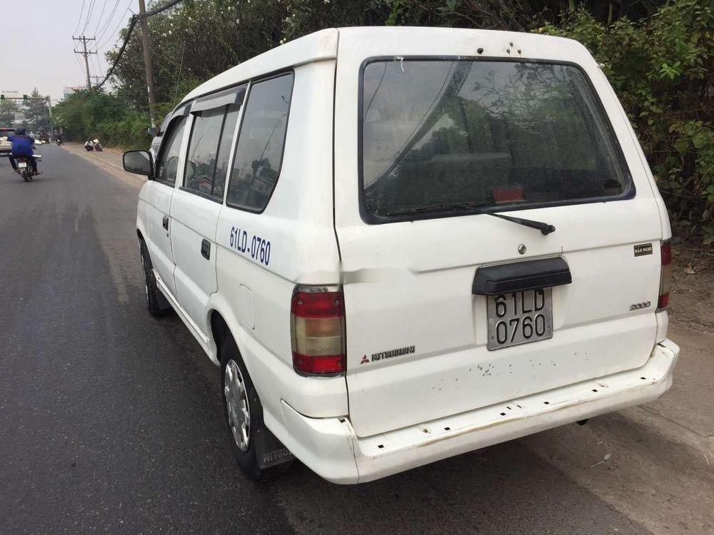 Bán xe Mitsubishi Jolie năm sản xuất 2001, màu trắng giá cạnh tranh