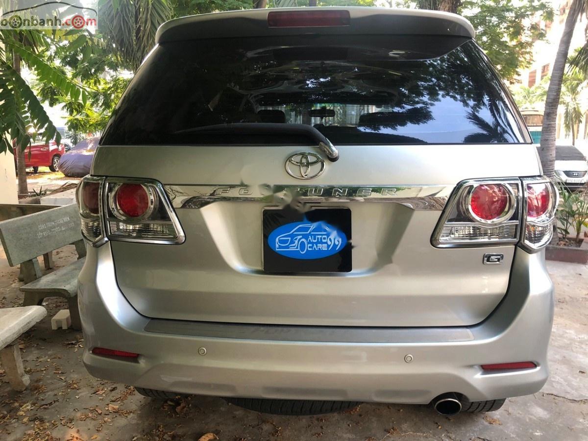 Cần bán Toyota Fortuner 2.5G sản xuất 2014, màu bạc, số sàn