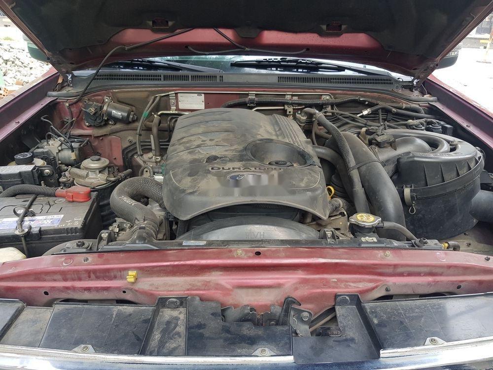 Bán ô tô Ford Everest đời 2010, màu đỏ ít sử dụng