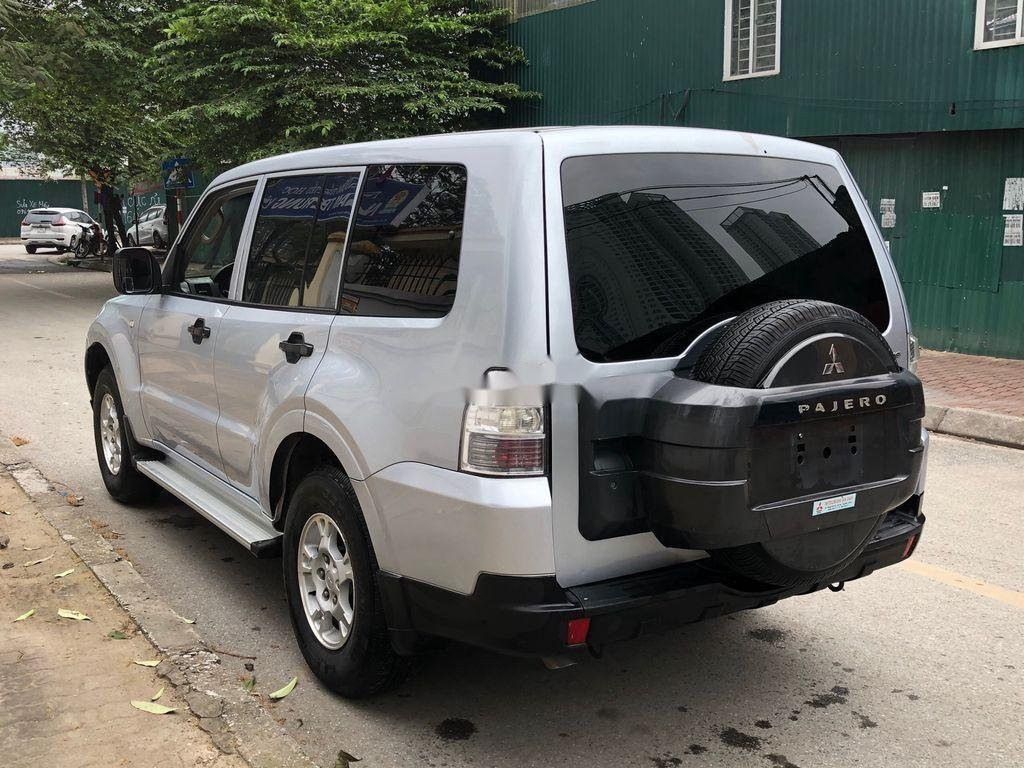 Cần bán lại xe Mitsubishi Pajero đời 2008, màu bạc, xe nhập