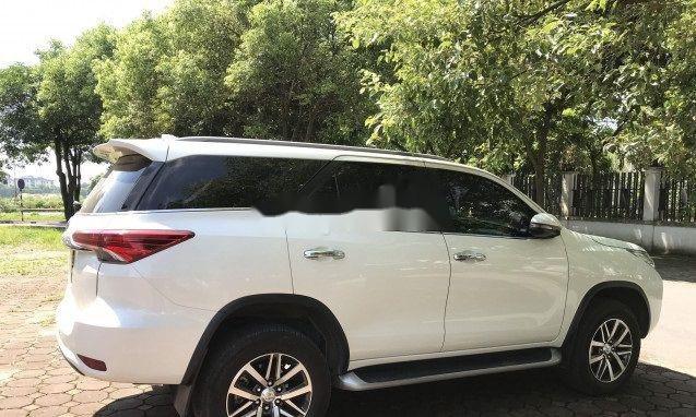 Cần bán Toyota Fortuner AT đời 2018, màu trắng, nhập khẩu nguyên chiếc