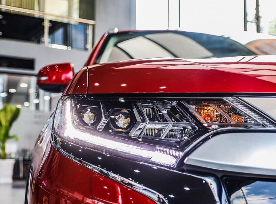 Mitsubishi Outlander 2020, giá lăn bánh tháng 5 cực hấp dẫn