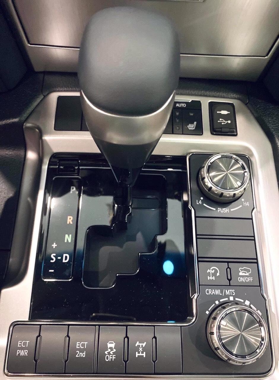 Cần bán Toyota Land Cruiser 2021 nhập khẩu   giá cực tốt