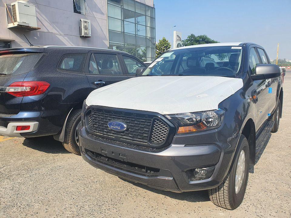 Bán xe Ford Ranger đời 2021, nhập khẩu nguyên chiếc, giá tốt