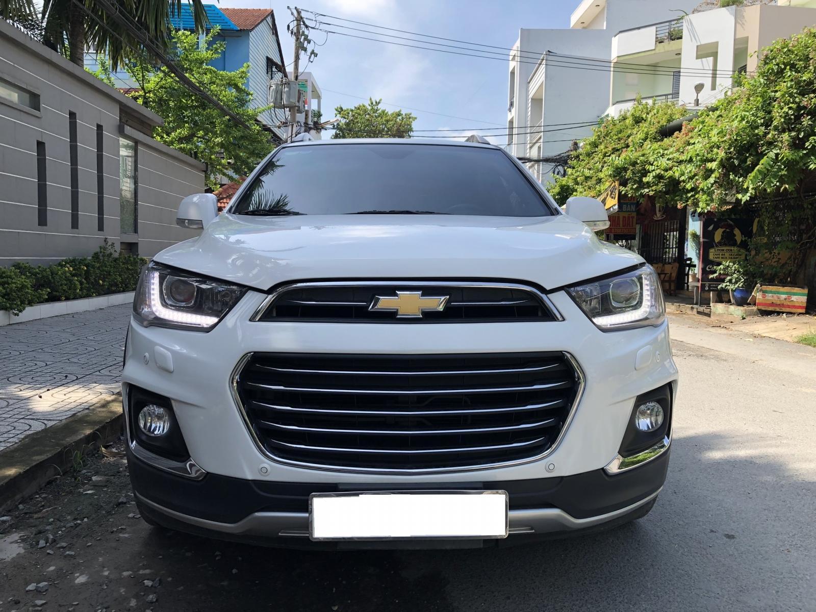 Cần bán Chevrolet captiva LTZ 2.4 AT,