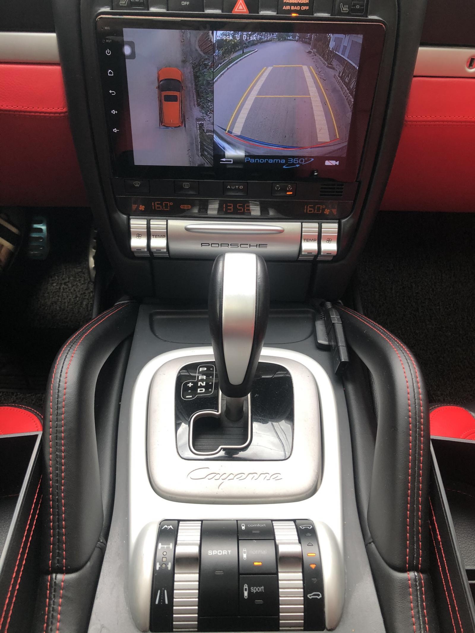 Chính chủ cần bán Porsche Cayenne GTS 5.0 đăng kí 2011