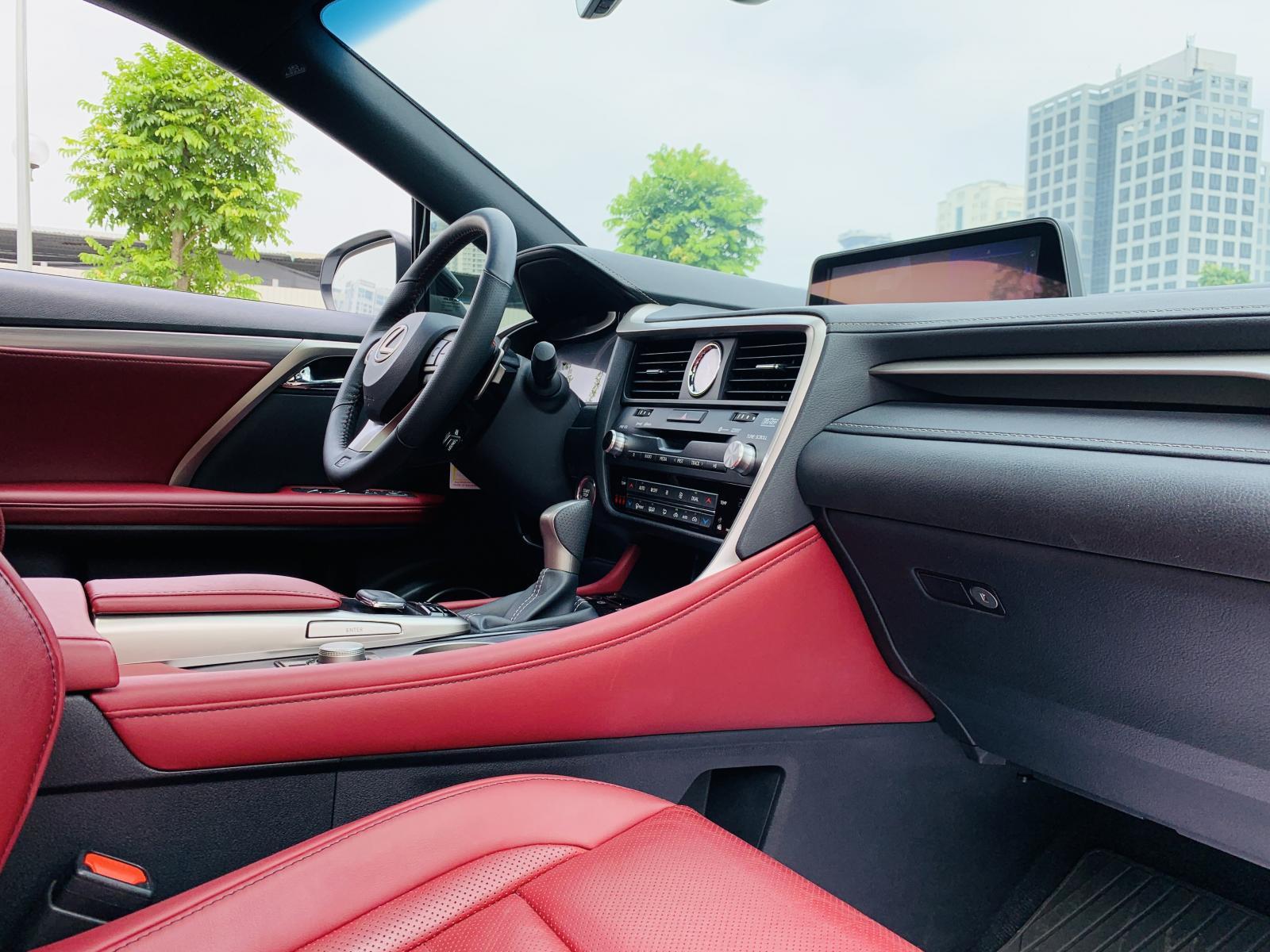 Bán ô tô Lexus RX350 F-Sport sản xuất 2019, màu trắng, nhập khẩu nguyên chiếc