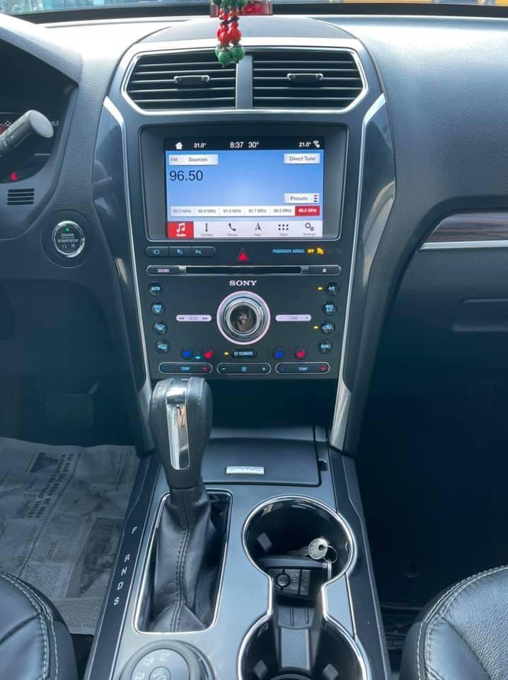 Siêu phẩm - dành cho Người  Đặc Biệt - 2019 Ford Exploder Limited nhập khẩu nguyên chiếc từ Mỹ