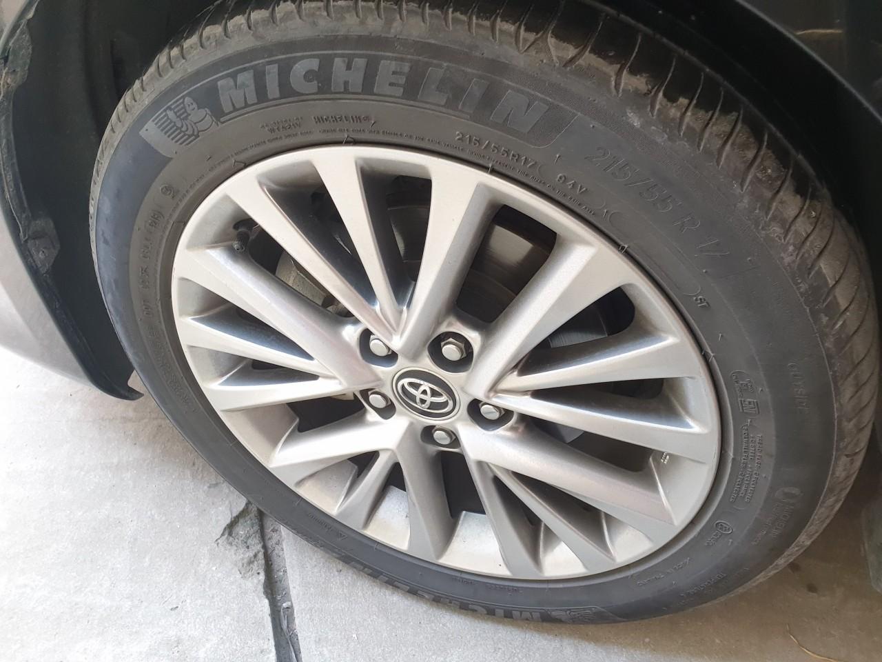 Toyota Camry 2018 2.5 Q - Bền bỉ vững vàng trên đường đi và cả đường đời