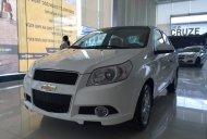 Cần bán Chevrolet Aveo 1.5 đời 2015, màu trắng giá cạnh tranh giá 447 triệu tại Hà Nội