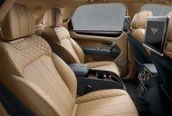 Bán Bentley Bentayga năm 2016, màu trắng, xe nhập chính hãng mới 100% giá 16 tỷ tại Hà Nội