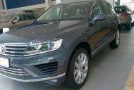 Volkswagen Touareg 3.6L GP màu xám, dòng SUV nhập Đức, tặng 289 triệu - Cam kết giá tốt - LH Hương 0902.608.293 giá 2 tỷ 889 tr tại Khánh Hòa