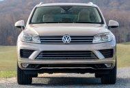 Bán xe Volkswagen Touareg GP năm 2016, màu bạc, nhập khẩu nguyên chiếc giá 2 tỷ 889 tr tại Tp.HCM