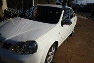 Cần bán gấp xe cũ Daewoo Lacetti MT đời 2004, màu trắng giá 215 triệu tại Gia Lai