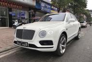Bentley Bentayga First Edition 2017 màu trắng giá 8 tỷ 900 tr tại Hà Nội