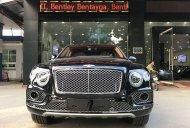Bán Bentley Bentayga First Edition đời 2017, màu đen, xe nhập khẩu nguyên chiếc giá 9 tỷ 800 tr tại Hà Nội