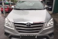 Cần bán xe Toyota Innova 2.0E năm 2015, màu bạc số sàn, 610tr giá 610 triệu tại Hà Nội
