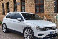 Cần bán xe Volkswagen Tiguan E đời 2018, màu trắng, xe nhập giá 1 tỷ 699 tr tại Tp.HCM