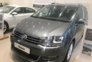 Bán xe Volkswagen Sharan 2017 TSI nhập khẩu giá 1 tỷ 850 tr tại Tp.HCM