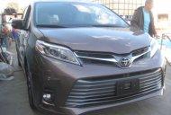 Bán Toyota Sienna Limited sản xuất 2018 màu trắng và Nâu. Bản cao cấp nhất giá 4 tỷ 190 tr tại Hà Nội