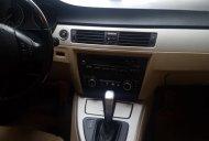 Cần bán BMW 320i 2011 giá 600 triệu giá 600 triệu tại Tp.HCM