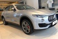 Bán Maserati Levante màu bạc/ kem giá siêu hấp dẫn. Bán xe Maserati Levante đời mới nhất giá 5 tỷ 961 tr tại Tp.HCM