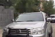 Bán xe Toyota Fortuner V đời 2009, màu bạc số tự động giá 500 triệu tại Tp.HCM