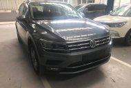 Bán xe Volkswagen Tiguan Allspace 2018, Suv 7 chỗ xe Đức nhập khẩu chính hãng mới 100% giá tốt. LH 0933 365 188 giá 1 tỷ 749 tr tại Tp.HCM