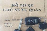 Cần bán gấp Kia Carens 2.0 sản xuất 2010, màu bạc xe gia đình giá 285 triệu tại Đà Nẵng