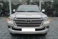Cần bán xe Toyota Land Cruiser Vx V8 sản xuất năm 2016, màu bạc, xe lướt cực đẹp. LH: 0905098888 - 0982.84.2838 giá 3 tỷ 650 tr tại Hà Nội