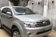 Cần bán xe Toyota Fortuner V đời 2010, màu bạc, 470tr giá 470 triệu tại Hà Nội