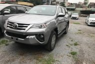 Bán Toyota Fortuner 2.4 MT sản xuất 2019, màu bạc, nhập khẩu nguyên chiếc giá 1 tỷ 26 tr tại Hà Nội