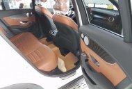 Cần bán xe Mercedes GLC 300 4Matic sản xuất 2019, màu trắng giá 2 tỷ 289 tr tại Hà Nội