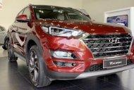 Cần bán Hyundai Tucson đời 2019, màu đỏ giá 799 triệu tại TT - Huế