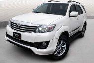 Bán Toyota Fortuner Sportivo năm 2014, màu trắng xe gia đình, 830 triệu giá 830 triệu tại Tp.HCM