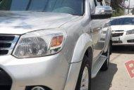Bán Ford Everest 2.5L 4x2 MT 2014, màu bạc, xe còn rất đẹp giá 590 triệu tại Tp.HCM