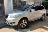 Bán Hyundai Santa Fe sản xuất năm 2011, màu bạc, 670tr giá 670 triệu tại Quảng Ngãi