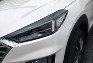 Cần bán xe Hyundai Tucson đời 2019, màu trắng, 794 triệu giá 794 triệu tại Tp.HCM